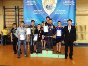 oblastnoj-turnir-dosaaf-rossii-sverdlovskoj-oblasti-po-kompleksnomu-edinoborstvu-posvyashhyonnyj-dnyu-pobedy-04-05-2014